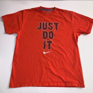 Nike Just Do It Short Sleeve T-Shirt Size: Small